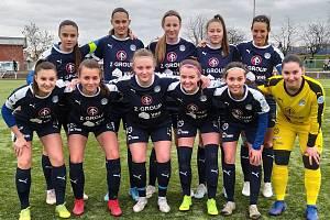 Fotbalistky Slovácka v prvním jarním zápase prohrály na umělé trávě v Edenu s domácí Slavií Praha 0:4.