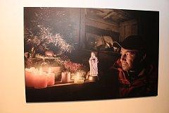 Na zahájení festivalu Jeden svět představil Jindřich Štreit oceňovanou knihu Kde domov můj. Zároveň se otevřely tři vernisáže ve foyer kina Hvězda.