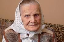 Nejstarší šumická rodačka Anděla Hřibová 23. dubna 2016 oslaví 105. narozeniny.