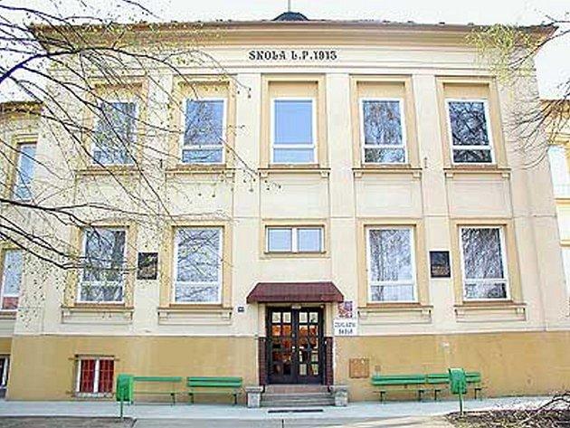 Škola v Kunovicích.