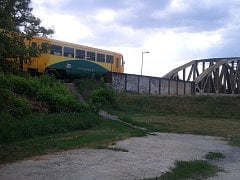 Vlakovou dopravu mezi Uherským Hradištěm a Starým Městem uzavřela v sobotu 14. července po 16. hodině smrtelná nehoda.