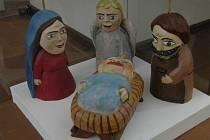 Marionety postaviček s Ježíškem.