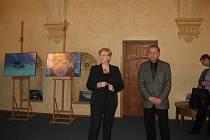 Evžen Rajzl se senátorkou Hanou Doupovcovou na půdě Senátu.