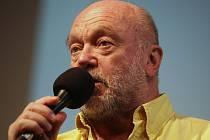 Jazzový zpěvák Peter Lipa v sále Reduty v Uherském Hradišti.