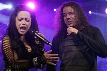 Lucie Bílá byla kdysi metalovou zpěvačkou. Důrazně to v současné době připomíná i na koncertech skupiny Arakain. Ilustrační foto.