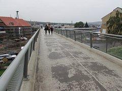 Přechodová lávka v Uherském Brodě.
