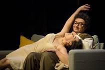 Inscenace Slováckého divadla Prokletí nefritového škorpiona bude mít premiéru.