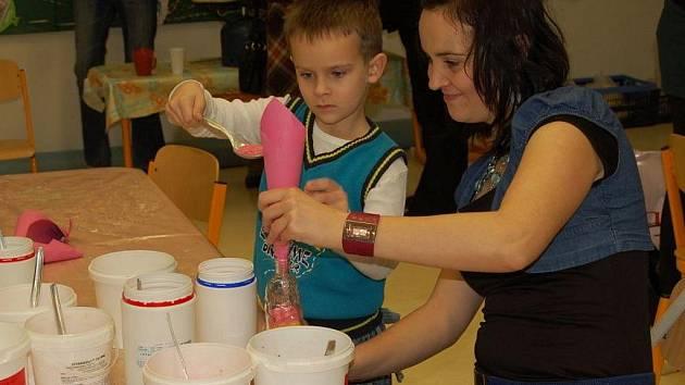 Na Základní škole v Dolním Němčí vystavili práce žáků.