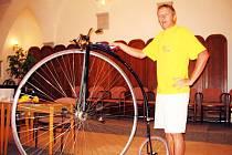 Josef Zimovčák také často pořádá besedy o svých cestách a závodech.