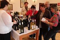 Výtěžek benefiční degustace vín ve Strání bude věnován na podporu sociálně slabých rodin v regionu.