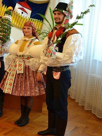 Soutěžní pár číslo 41 - Adam Borusík a Taťána Machálková, mladší stárci ve Starém Městě.