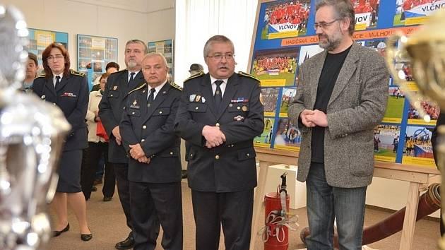 Vernisáž výstavy Vlčnovští hasiči v proudu času.