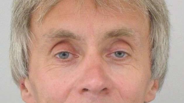 Ubytuje se v hotelu a druhý den zmizí s klíči, televizí a bez zaplacení. Takové jsou praktiky padesátiletého Františka Chlebouna ze Svitav, který vykrádá ubytovací zařízení nejen na Uherskohradišťsku.