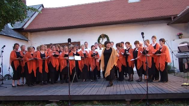 V Topolné hostoval i sbor z Islandu.