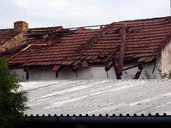 Bouřka udeřila ve Zlínském kraji. Hasiči zasahovali celou noc