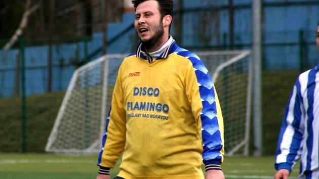 Kanonýr Kostelan Julius Mojžíš (na snímku) si před jarní částí okresního přeboru žádné gólové cíle nedává. Přesto je jasné, že na něj bude nový trenér Antonín Šimon spoléhat.
