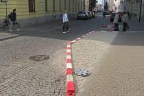Ulice Františkánská v centru Uherského Hradiště obdržela nový dopravní bezpečnostní prvek.