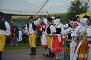 Návštěvníci Slavkova si ve dnech 10. až 12. srpna mohli dopřát kroje  hrající všemi barvami, tanečky a lidové písně znějící ze všech stran.
