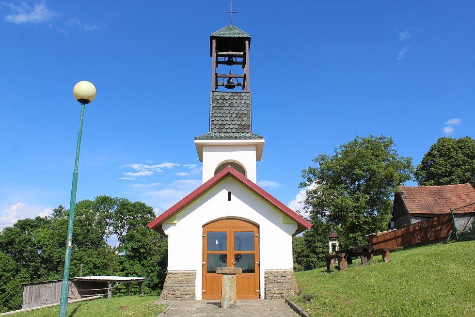 Vápenice, obec na moravsko-slovenském pomezí.