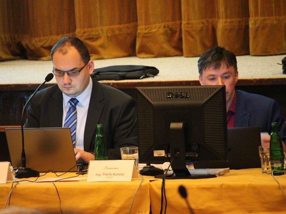 Zastupitelé v Uherském Brodě. Ilustrační foto.