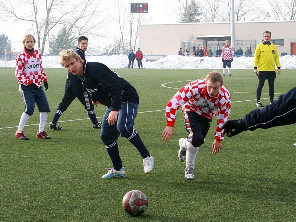 Fotbalisté Uherského Brodu v úvodním zápase turnaje porazili Ostrožskou Novou Ves 5:0.