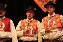 Na Předhodovém zpívání v Dolním Němčí se tentokrát sešly mužské pěvecké sbory z Kněždubu, Kněžpole, Rohatce, Vnorov a domácího Dolního Němčí.
