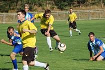 Při utkání mezi béčkem Nedakonic a Jankovicemi nebyla o gólové situace nouze, fanoušci viděli celkem devět branek.