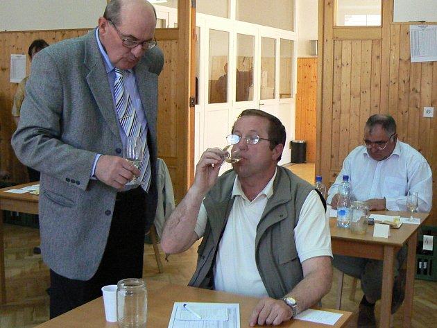 Role garanta hodnocení se opět ujme Jaroslav Vaďura z Polešovic.