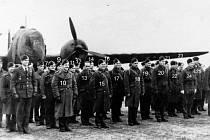 Vernisáž výstavy o letcích RAF na ZŠ UNESCO v Uherském Hradišti.