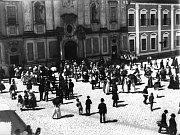 Na čísle popisném 35 kdysi sídlila Česká průmyslová a hospodářská banka.