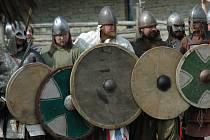 Přímo na bojišti se má podle organizátorů odehrát dokončení trilogie o bratrech Lstiborovi a Soběborovi.