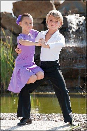 Děti zDance Studio Starlight se při tanci mění kdokonalé profesionály.