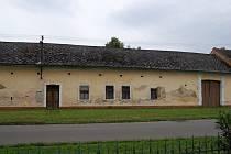 """Kněžpolský domek číslo 15, takzvané """"Kučerovo"""", patří mezi tamní unikáty. Na jeho místě ale zřejmě bude stát nová stavba."""