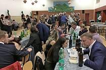 Na třetím vinařském plese v Břestku se bavily všechny generace