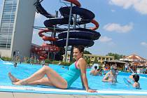 Vysoké teploty vyhnaly stovky lidí do hradišťského aquaparku také v úterý 7. července.