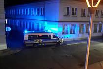 Potyčky divokých fandů se rozšířily ze stadionu do nočních ulic Uherského Hradiště