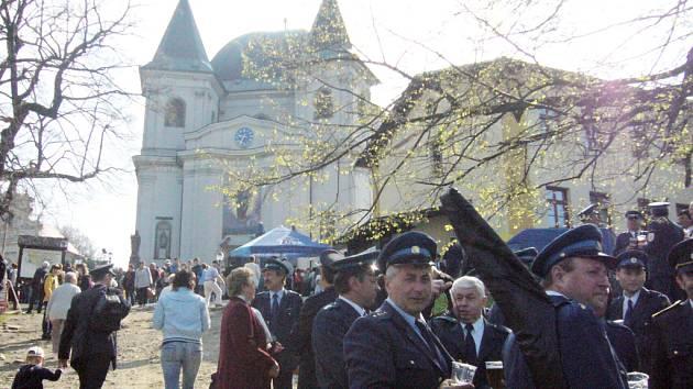 Na čtrnácté pouti dobrovolných hasičů nechyběly ansi sbory ze Slovácka.