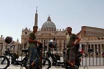 Michal Kopčil a Radek Kubík se na babettách vypravili do Vatikánu.