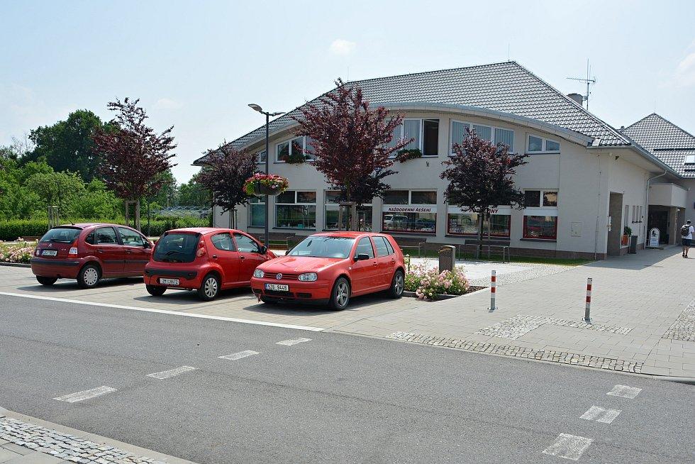 Obecní úřad v Sazovicích je po generální rekonstrukci. Snímek z 24. června 2021.