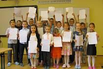 Předávání vysvědčení v Katolické základní škole v Uherském Brodě - I. třída.
