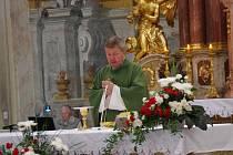 Téměř na den přesně po šesti letech odsloužil v pátek 8. července svou poslední bohoslužbu ve farním kostele sv. Františka Xaverského v Uherském Hradišti tamní farář a děkan Jan Turko. Ačkoliv oficiálně se s ním místní farníci loučili v neděli 3. července