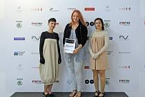 Cenu Mezinárodního bienále studentského designu DESIGN.S 2016 obdržely studentky  SUPŠ Uherské Hradiště Michaela Vlčková a Alexandra Vovčenková.