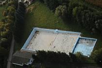 Osvětimanský bazén zůstane bez vody také letošní léto.