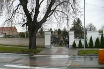 Stávající hřbitov v Uherském Ostrohu.