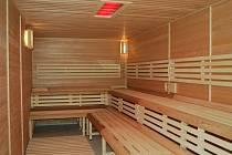Finská sauna v brodském Delfínu.