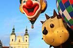 22. mistrovství České republiky v balónovém létání, start balónů z Masarykova náměstí