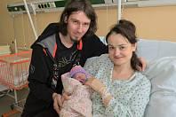 Leontýnka Chrástková (s rodiči)