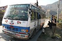 Cestování autobusem po Indii.