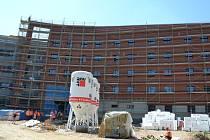 Centrální pavilon v Uherskohradišťské nemocnici. Ilustrační foto.