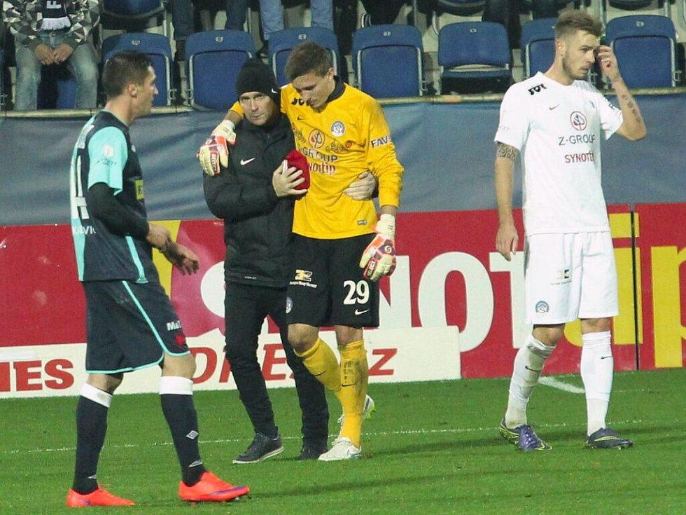 Milan Heča musel pro zranění střídat.